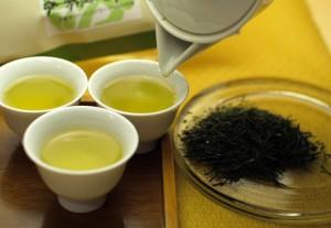 日本一のお茶テイスティング&おぶぶ新茶試飲即売会