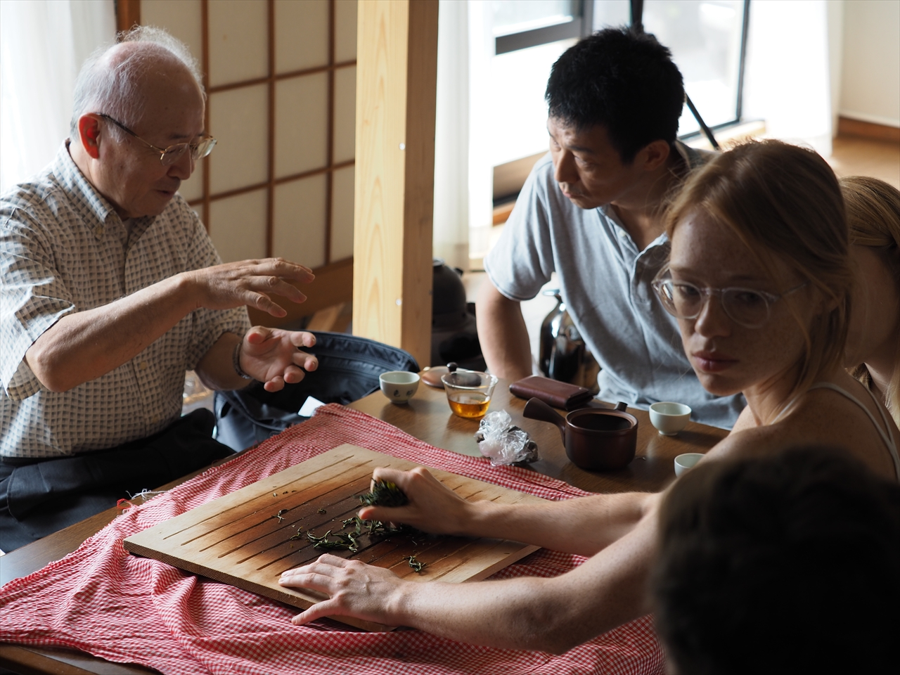 日本茶業学会 会長 農博 樹木 武田 善行 先生にお越し頂き様々な事をお教え頂きました!