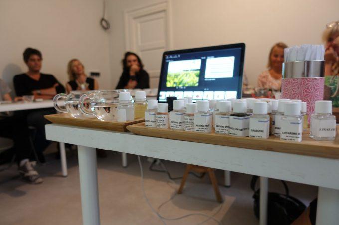 日本茶と香りのセミナー in パリ「ラ・カンテサンス」|日本茶普及海外ツアー・欧州遠征2018